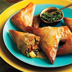 1011p231-vegetable-samosas-l