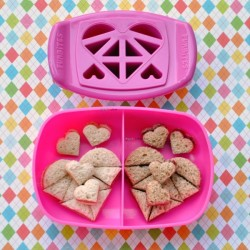 food-sandwich-cutter-set-small-fun-bites-luv-it